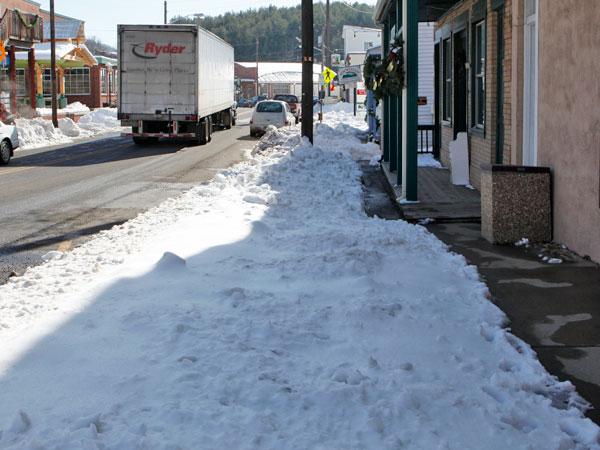 Does Floyd even have a sidewalk clearing ordinance?