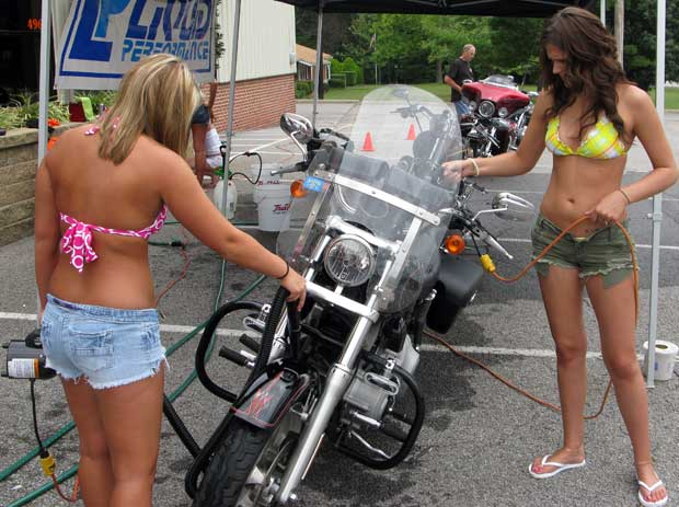 Bikinis and the art of motorcycle cleaning