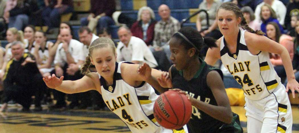 Floyd County girls take Three River District title