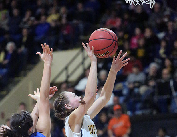 Lady Buffs reach state tournmanet final four with 74-44 win over Gate City