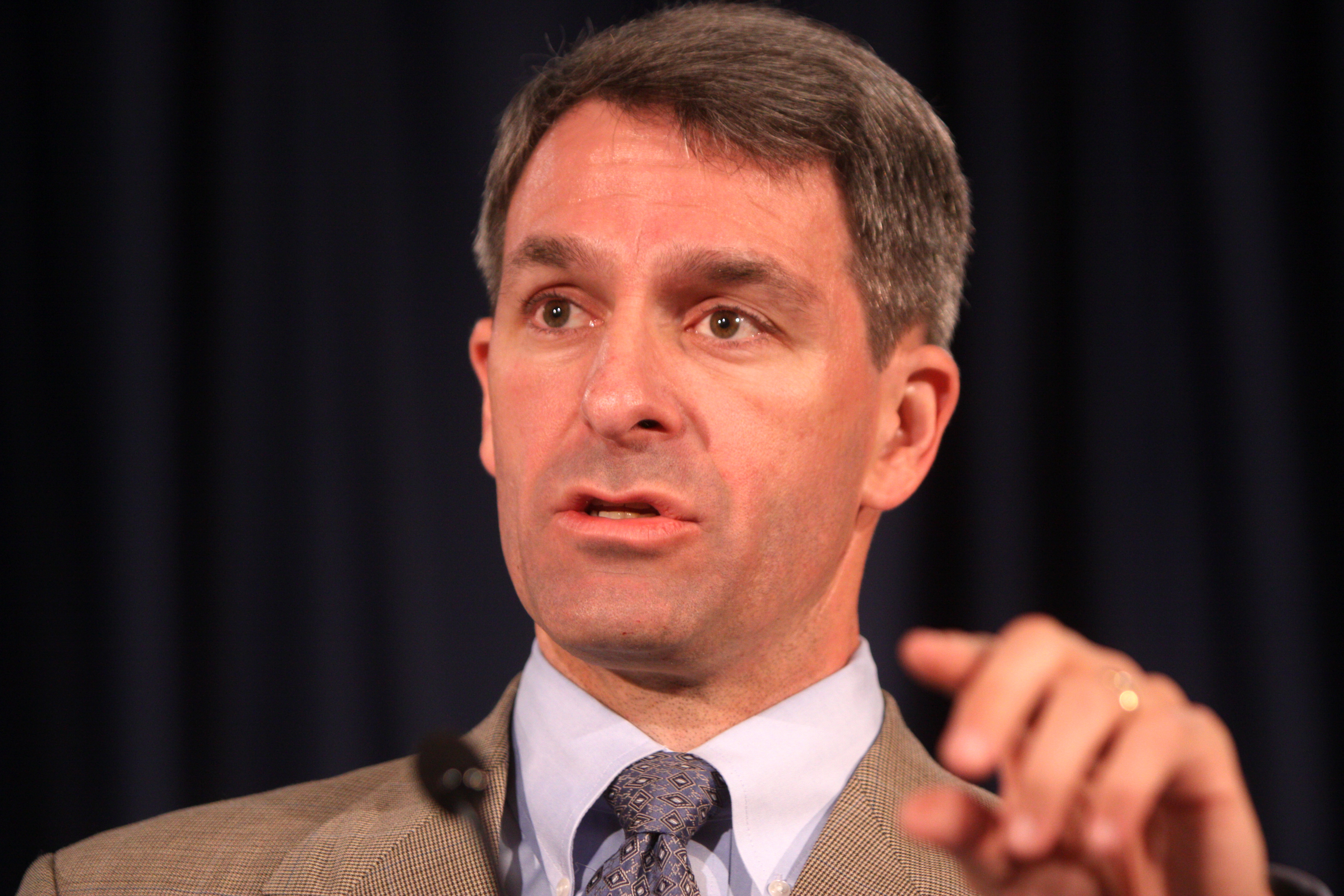 Cuccinelli caught lying again about his relationship with ethics-challenged CEO