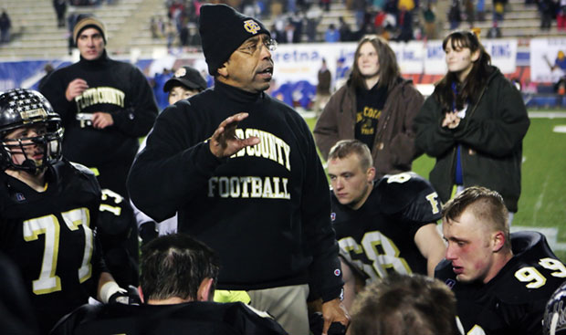 Buffaloes give Coach Beale 200th career win with 42-14 victory over EastMont