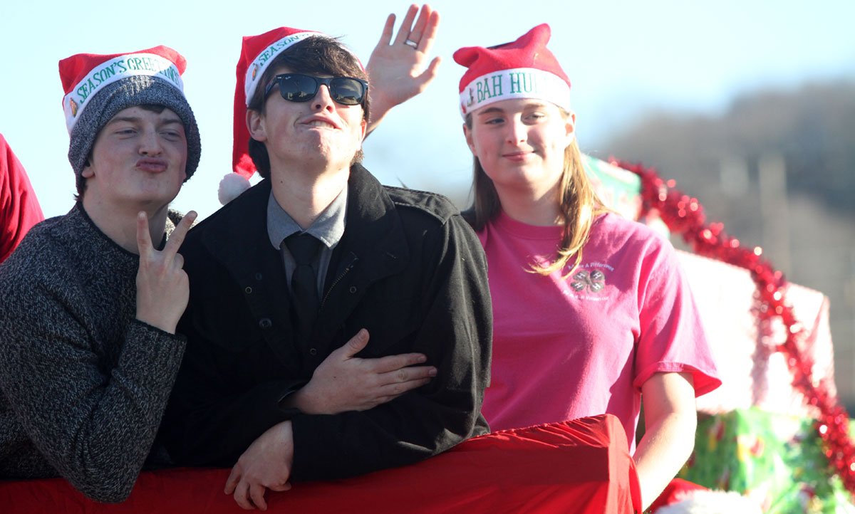 More faces from Floyd's Christmas Parade