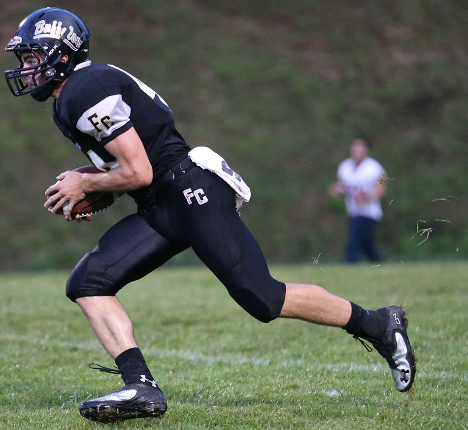 Floyd scores 4 TDs, but loses 55-28