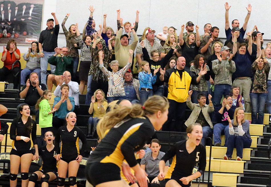 Buffs take volleyball regional opener 3-0