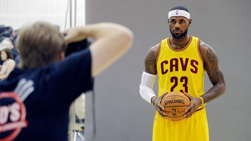 Sports Illustrated sacks all staff photographers