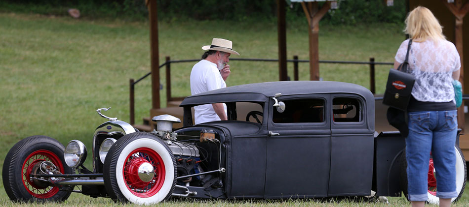 Auto show and tell at Chantilly Farm