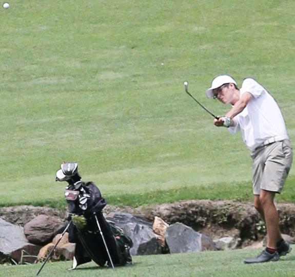 Fore!  FCHS Golf season opens