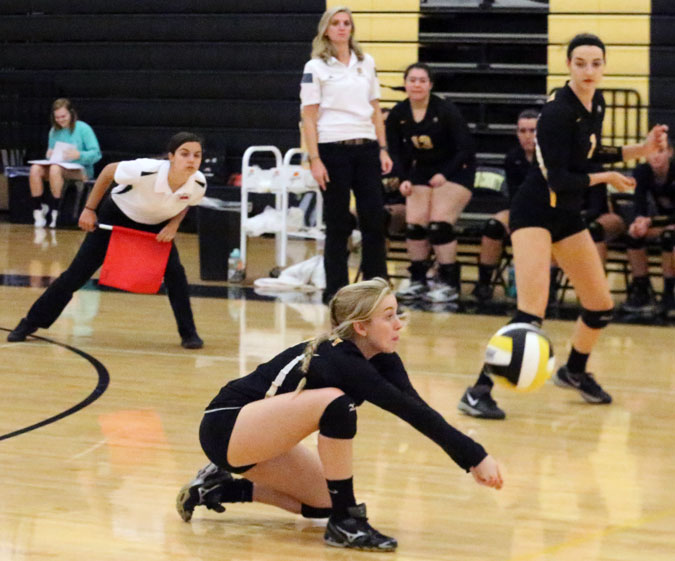Fifth loss in a row for volleyball Buffs